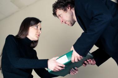 Didmiesčiuose vyrai uždirba trečdaliu daugiau nei moterys