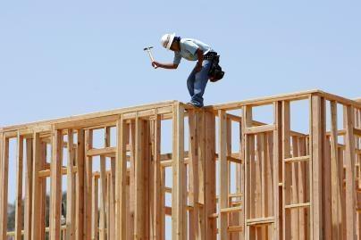 3 tūkst. statybininkų Estijoje - be darbo