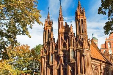 Pradedama Šv. Onos bažnyčios restauracija