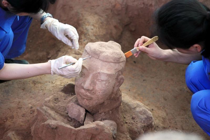 Ar pirmojo Kinijos imperatoriaus kapavietė kada nors bus atverta?