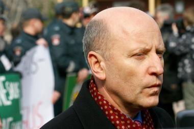 """R.Palaitis: politikai negali būti eliminuoti iš """"viešųjų asmenų"""" sąvokos"""