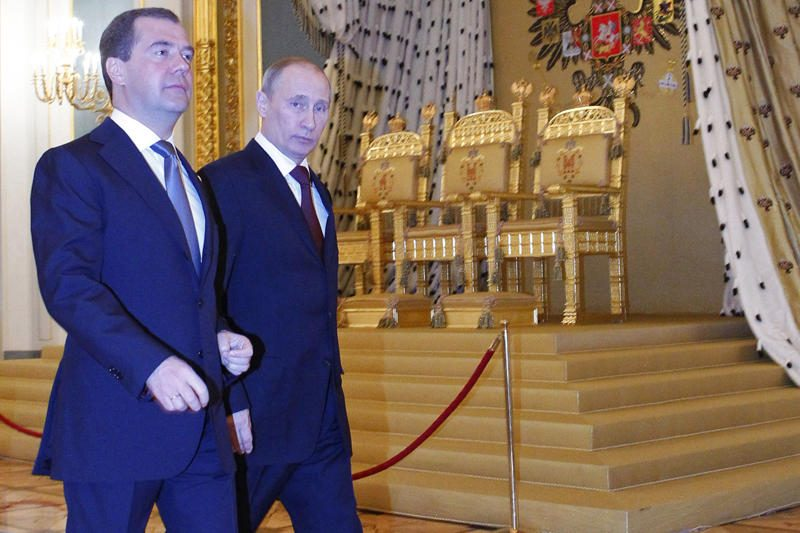 V.Putinas į savo vietą pasiūlė D.Medvedevą