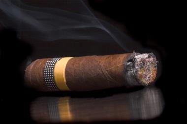 Kubietiškų cigarų pardavimai pernai atsigavo