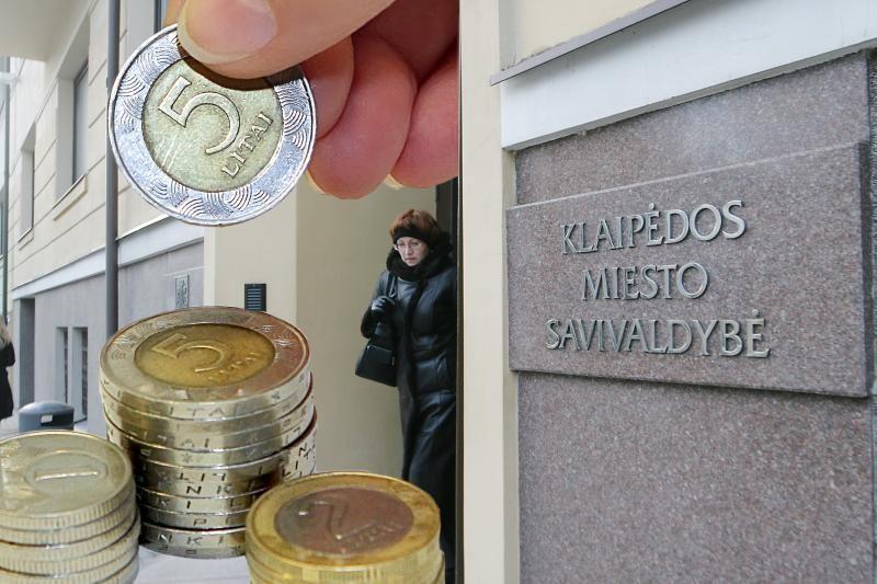 Klaipėdos politikai miesto biudžete pasigedo pinigų algoms