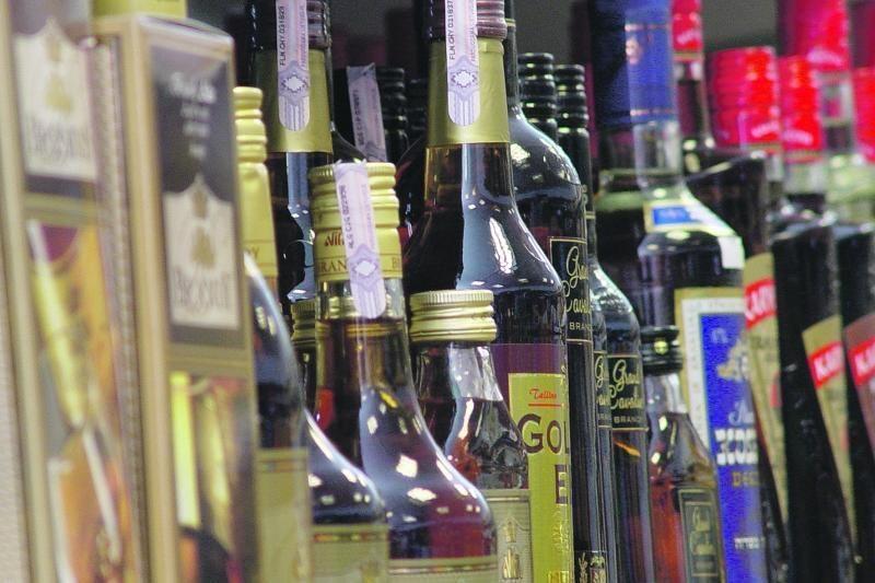 Brangsta ir butelis, ir spiritas, ir vynas