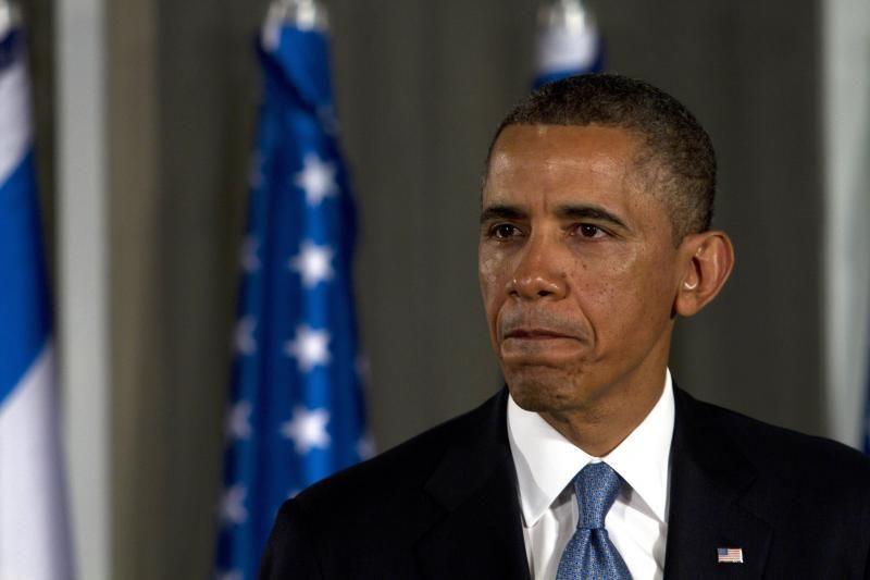 """B. Obama smerkia """"gėdingą"""" ginklų kontrolės reformos sužlugdymą"""