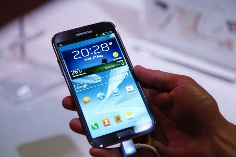 """Vieni """"Samsung"""" įrenginiai gaus """"Google Android 5.0"""" OS, o kiti - ne"""