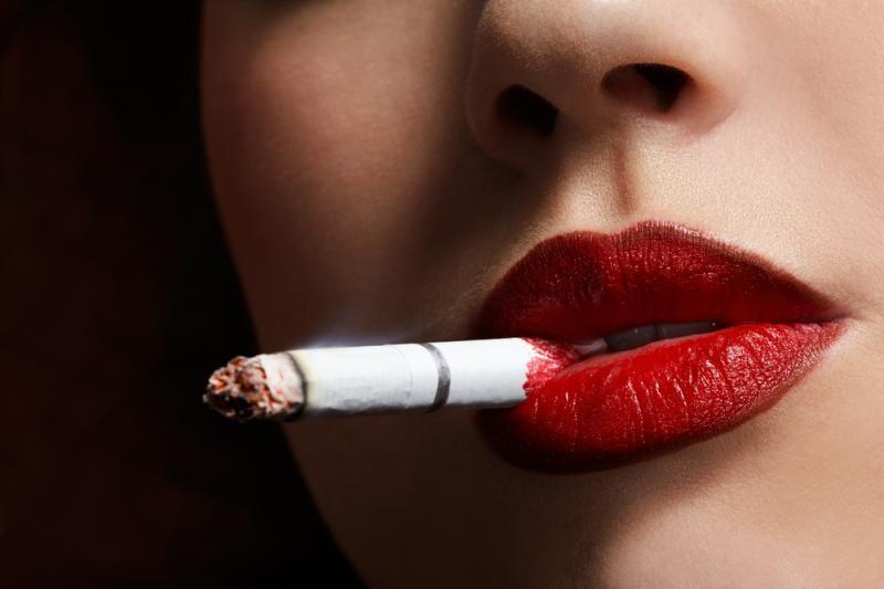 Vilniaus valdžia skųs sprendimą dėl draudimo rūkyti nepilnamečiams