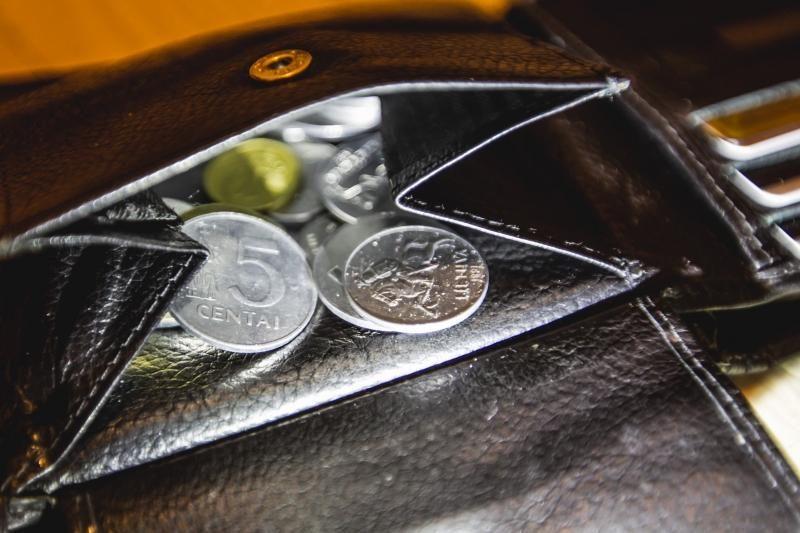 Keliaujantieji į pajūrį automobiliu pinigines atveria plačiau