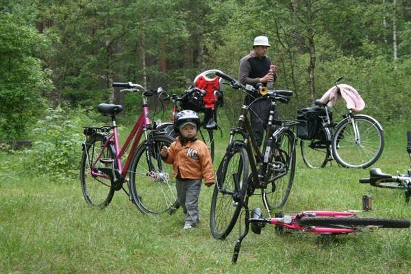 Šeimos aiškinsis, ar Vilnius draugiškas iškylaujantiems dviračiais