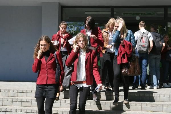 Abiturientai raginami nestoti į mokamas vietas Lietuvos universitetuose