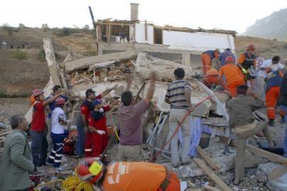 Turkijoje sugriuvęs bendrabutis palaidojo vaikus (papildyta, nuotr.)