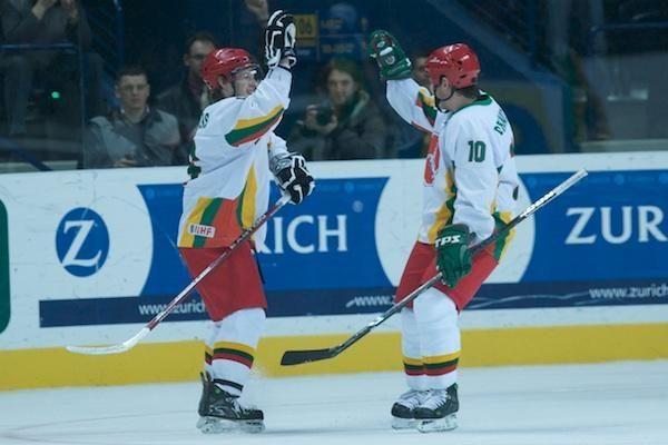 Namuose Lietuvos ledo ritulio rinktinė išbandys jaunimą