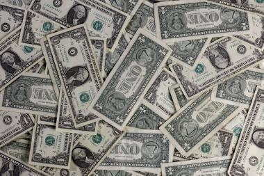 G7 centriniai bankai nori kontroliuoti tarptautinę valiutų rinką