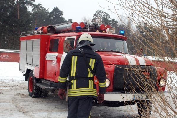 Kilęs gaisras be namų galėjo palikti kelias vilniečių šeimas