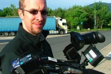 Mobiliųjų telefonų detektyvą pristatys pats T.Jabari