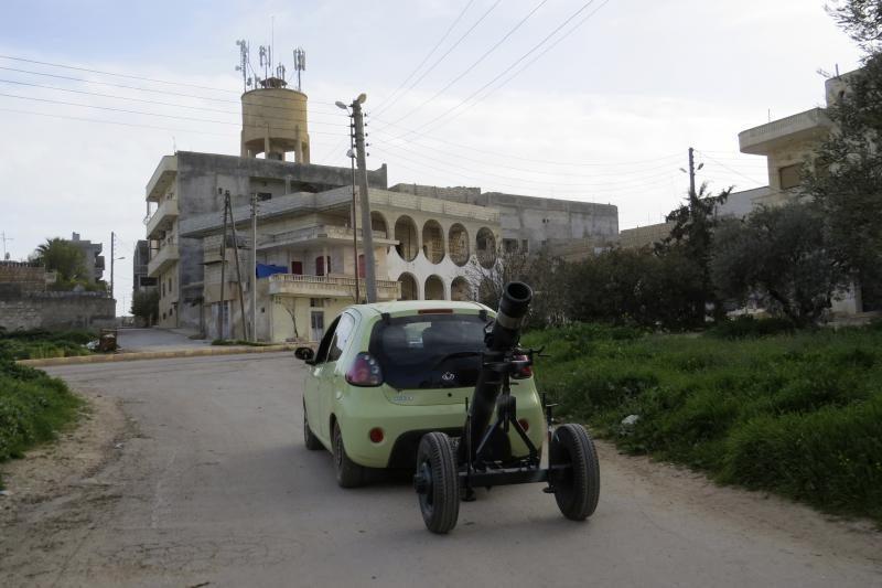"""Damaskas: Sirijos sukilėlių ginklavimas """"pažeidžia"""" tarptautinę teisę"""