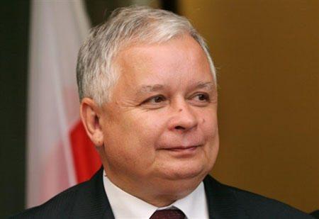 Dėl L.Kaczynskio žūties jo brolis dvynys apkaltino šalies premjerą
