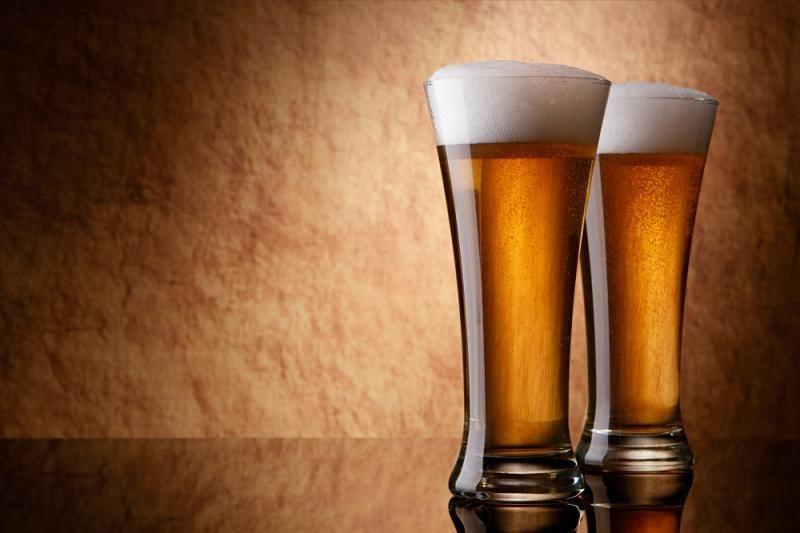 Rusija uždraus         alkoholio reklamą