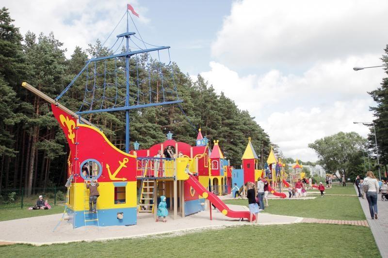 Palangos vaikų parkas vėl laukia mažųjų lankytojų
