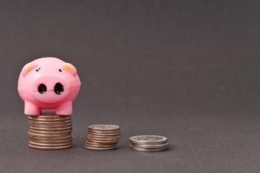 Baigiantis krizei lietuviai turi daugiau santaupų nei iki jos
