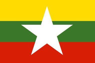 Pakeista Mianmaro vėliava labai panaši į Lietuvos trispalvę