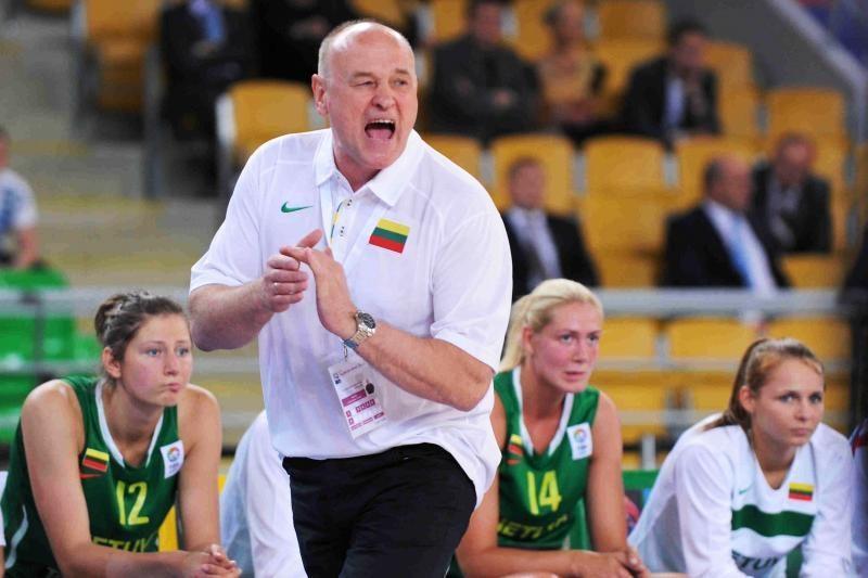 Moterų krepšinio rinktinė atsisveikino su dviem kandidatėmis