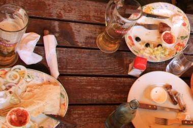 Pažintis su kita kultūra prie pietų stalo