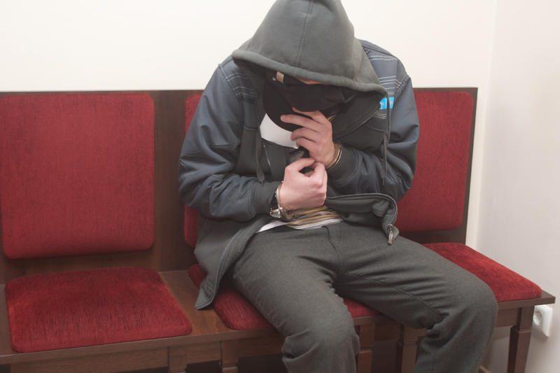 Vilniaus pedagoginio universiteto studentas neigia išprievartavęs daugiau merginų