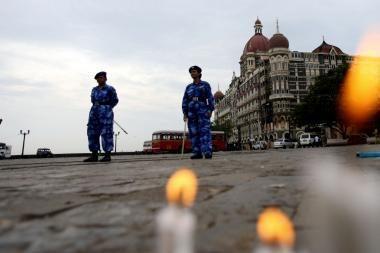 Centrinėje Indijoje traukiniui įsirėžus į sąstatą, žuvo 21 žmogus (papildyta)