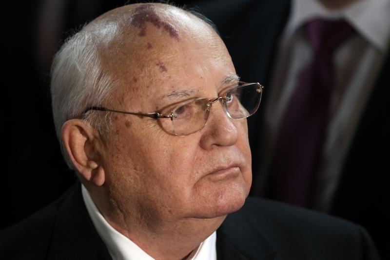 M.Gorbačiovas ragina įkurti tarptautinį nusikaltimų aplinkai tribunolą