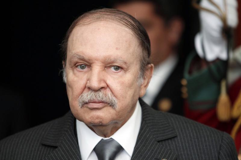 """Mikroinsultą patyręs Alžyro prezidentas A. Bouteflika """"reaguoja gerai"""""""