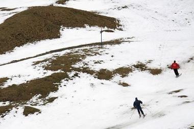 Danijos saloje verslininkas įrengė slidinėjimo trasą