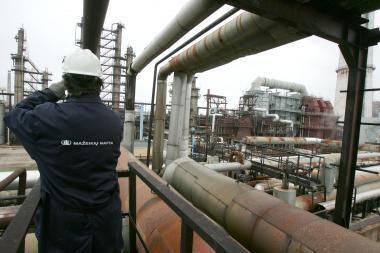 """""""Mažeikių naftos"""" akcijas parduos lenkams"""