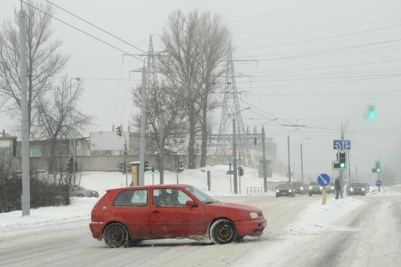 Eismo sąlygas Lietuvoje sunkina plikledis