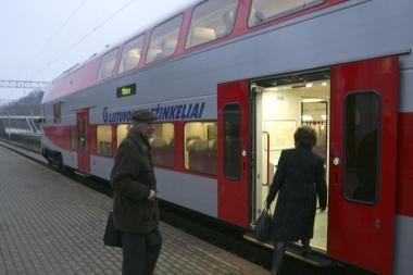 Islandijos ugnikalnis padidino geležinkelio bilietų paklausą