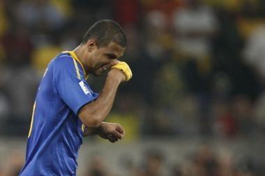 Brazilas F.Melo dėl vietą pusfinalyje kainavusio įvarčio į savus vartus kaltina vuvuzelas