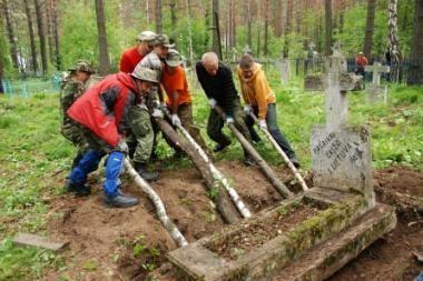 Lietuvos ir Rusijos pareigūnai tarsis dėl kapaviečių priežiūros