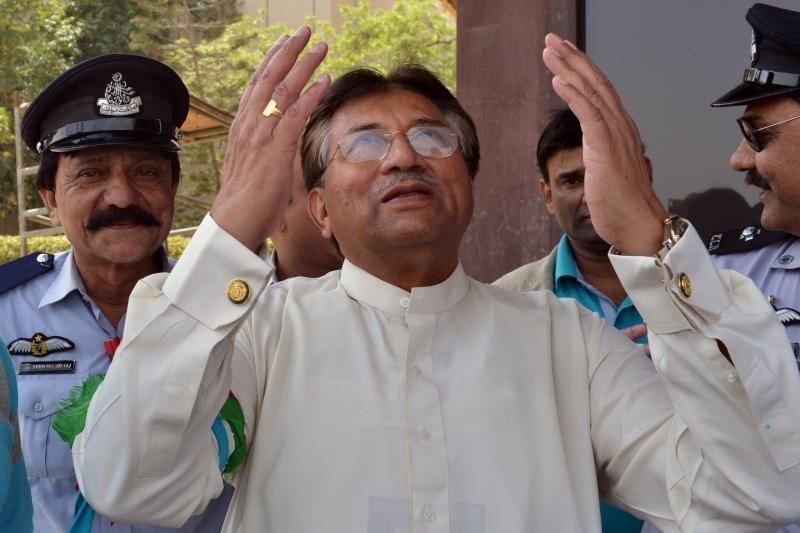 Buvęs Pakistano karinis valdytojas Mušarafas po 4 metų parskrido namo