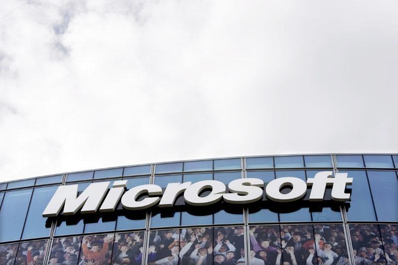 """""""Microsoft"""" padės kovoti su vaikų pornografija"""