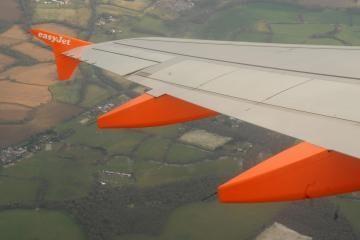 Avarijos ištiktas Taline Lenkijos lėktuvas pašalintas iš kilimo tako