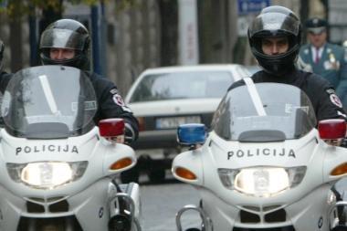 """Nauja kelių policijos """"amunicija"""" – motociklai"""
