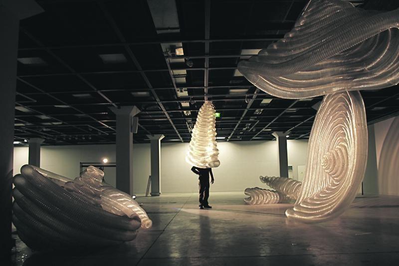 Uostamiesčio Meno kieme – nauji susitikimai ir parodos