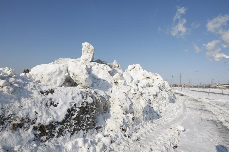 Sniego sandėliavimo aikštelės liko pustuštės