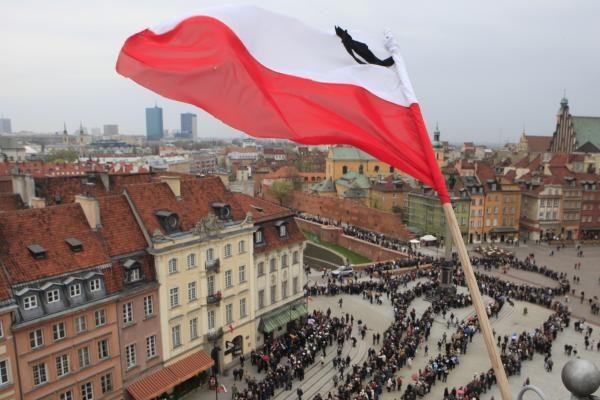 Televizijos programose - specialios laidos Lenkijos gedului