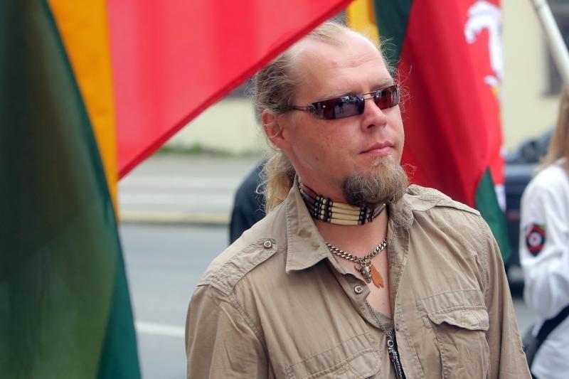 """A.Ažubalis ragina Kovo 11-ąją """"peržengti radikalumus"""""""