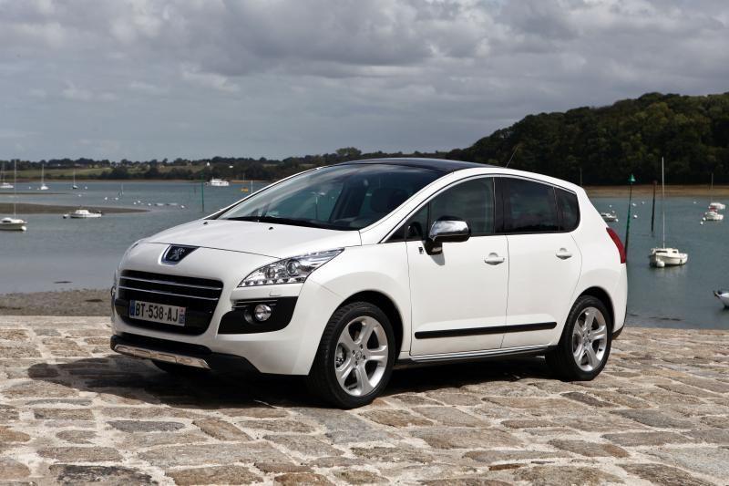 """Naujo """"Peugeot 3008 HYbrid4"""" emisija sumažėjo iki 91 g/km"""