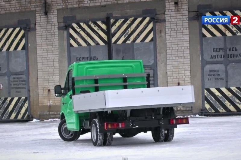 """Rusijos prezidentas palaimino naujosios """"GAZel Next"""" gamybą"""