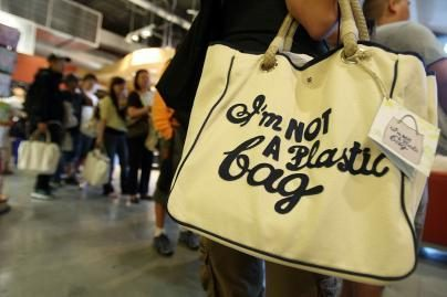 Plastikinius maišelius – lauk!