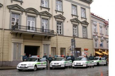 Policija tikrins saugos tarnybas
